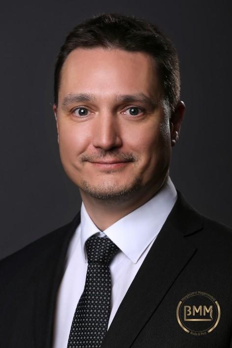 Dr. Gáspár Szabolcs